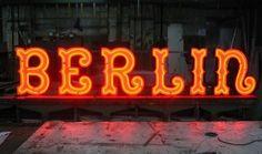 neon (warsaw)