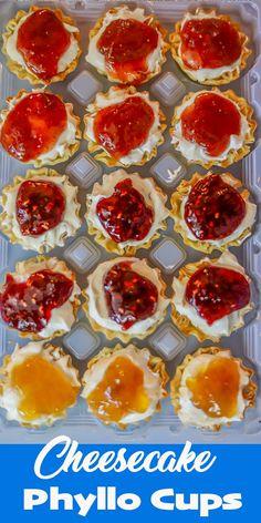 Mini Desserts, Easy Desserts, Delicious Desserts, Dessert Recipes, Finger Desserts, Yummy Snacks, Pie Recipes, Finger Foods, Appetizer Recipes