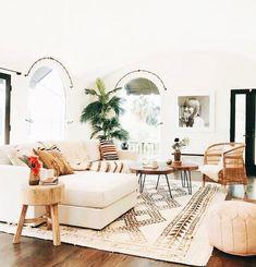 love this living room super beachy and boho