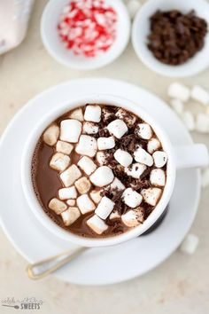 A combination of cocoa powder and chocolate chips make this hot chocolate extra flavorful and delicious! Ready in minutes. Hot Chocolate Recipe Easy, Homemade Hot Chocolate, Hot Chocolate With Cocoa Powder, Chocolate Chips, Hot Desserts, Snack Recipes, Cooking Recipes, Fancy Drinks, Alcohol Drink Recipes