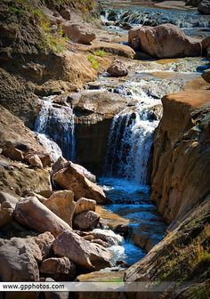 Castlewood Canyon in Colorado is beautiful. You could spend a whole day hiking around. places-to-go Colorado Waterfalls, Colorado Hiking, Colorado Mountains, Canyon Colorado, Colorado Rockies, Living In Colorado, Visit Colorado, Mountain Vacations, Day Hike