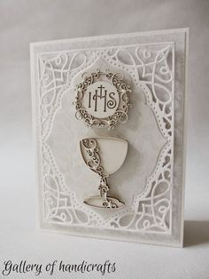 Gallery of handicrafts First Communion Cards, Holy Communion Invitations, First Holy Communion, Baptism Gifts, Diy Invitations, Cute Cards, Handicraft, Wedding Cards, Diy And Crafts