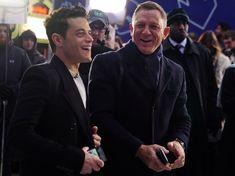 Rami Malek doesn't regret kissing Daniel Craig in new Bond film New James Bond, Daniel Craig James Bond, James Bond Movies, Rami Malek Shirtless, Daniel Graig, Jeffrey Wright, Z Cam, Tom Ellis, Celebrity Dads