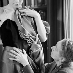 #fashion history les