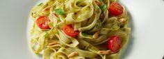Tagliatelle met pesto en tomaatjes | Grand'Italia..denk dat ik dat eens eet vanavond :)