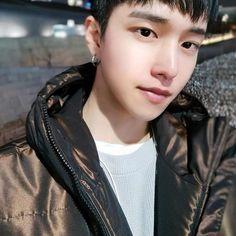 Yongin, Ulzzang Boy, Tatting, Folk, Instagram Posts, People, Art, Marshmallow, Popular