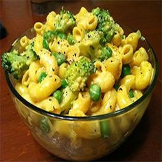 Mac & Casheese gluten and dairy free Plant Based Whole Foods, Plant Based Eating, Plant Based Recipes, Whole Foods Vegan, Whole Food Recipes, Cooking Recipes, Vegan Foods, Pasta Recipes, Starch Based Diet