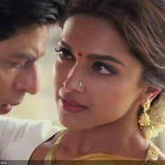 Shah Rukh Khan and Deepika Padukone in a still from the film Chennai Express.