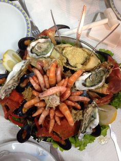 Delicious Seafood dinner <3 Learn To Surf, Seafood Dinner, Camps, Paella, Shrimp, Portugal, Yoga, Ethnic Recipes, Yoga Tips