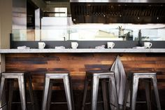 reclaimed bar + tolix stools at plow restaurant Restaurant Counter, Cafe Restaurant, Restaurant Design, Restaurant Ideas, Restaurant Exterior, Kitchen Stools, Bar Stools, Bar Metal, Chaise Bar