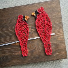 I need to learn how to do string art or find someone who can make this. I love the Mama Bird with the Baby Bird.