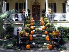 http://www.killercharacters.com Auntie KiKi's talking autumn in #Savannah