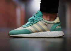 Adidas Iniki Runner Boost wmns - Easy Green/Cream White - 2017 (by kaihko)