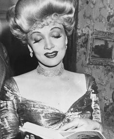 Marlene Dietrich on the set of The Spoilers, 1942