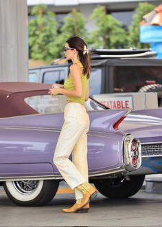 Kendall Jenner Casual, Kendall And Kylie, Celebrity Outfits, Celebrity Style, Jenner Sisters, Cute Comfy Outfits, Kardashian Jenner, Elegant Outfit, Aesthetic Clothes