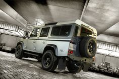 Defender 110 Piet Boon