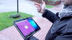 Mówi się, żeza sprzęty takie, jak Surface czy iPad płaci się więcej wyłącznie zewzględu namarkę. Wponiedziałek przyjechał donas najnowszy tablet Microsoftu – Surface Pro 4. Pokilku dniach korzystania przygotowaliśmy materiał wideo zpierwszymi wrażeniami. Nie zaskoczę chyba nikogo, pisząc, żesprzęt nas oczarował. Microsoft Surface Pro 4 tokontynuacja idei Microsoftu, którychce nas przekonać, żewłaśnie taki sprzęt jest …