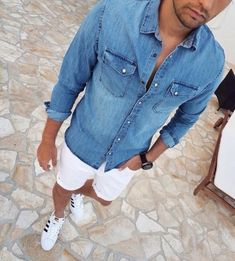 Vacation Men Style Ideas Look Cool - Holiday Everyday Best White Jeans, White Jeans Outfit, Casual Shorts For Men, Men Casual, Best Mens Fashion, Fashion Wear, Style Fashion, Daily Fashion, Modern Men Street Style