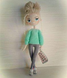 Mesmerizing Crochet an Amigurumi Rabbit Ideas. Lovely Crochet an Amigurumi Rabbit Ideas. Crochet Doll Clothes, Knitted Dolls, Crochet Dolls, Amigurumi Patterns, Amigurumi Doll, Doll Patterns, Love Crochet, Diy Crochet, Crochet Baby