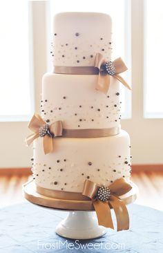 champagne pearl wedding cake by Frost Me Sweet