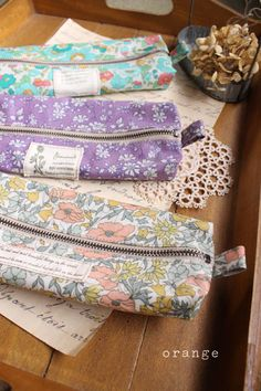 make up bags with chunky exposed zip