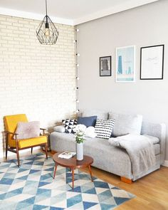 Makenewhome from Ig#livingroom #scandinavian #scandinavianinterior #scandinaviandesign #nordic #interior #interiors4all #interior123 #interiordesign #myhome #details #decoration #inspiration #tv_living #tv_stilllife #simplicity #minimal #nothingisordinary #nothingbetter #passion #goodvibes #instapic #instagood #retro #ig_captures #picoftheday #design #whiteinterior