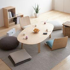 ♪♬♪♬♪ MUJI : Interior image □□□ Table & Legless chair MATERIAL 【Ash Wood】