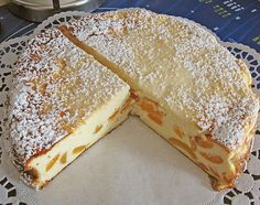 Schneller bodenloser Apfel – Käsekuchen Quick Bottomless Apple – Cheese cake, a popular cake recipe. Fruit Deserts Recipes, Desert Recipes, Apple Cheesecake, Cheesecake Recipes, Gateaux Cake, Low Carb Desserts, Popular Recipes, Cakes And More, No Bake Cake