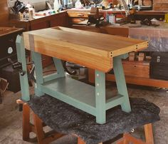 Woodworking On A Lathe Small Workbench, Kids Workbench, Woodworking Workbench, Woodworking Projects, Woodworking Classes, Play Wood, Tool Bench, Joinery, Entryway Tables