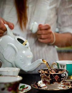 Love the tea pot and cup