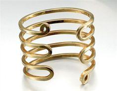 Bracelet    Alexander Calder.  Ca 1948.  Gold