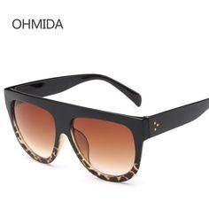 New moda flat top gafas de sol de espejo mujeres hombres marca de diseño Sombras Gafas De Sol negro Gafas De Sol Para Mujer Remache Feminino