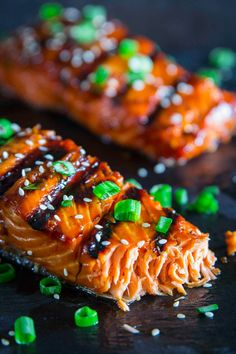 This grilled teriyaki salmon recipe is so flakey, and delicious. The easy teriyaki marinate gets caramelized on the grill for the ultimate smokey sweet flavor. Grilled Teriyaki Salmon, Teriyaki Glazed Salmon, Teriyaki Marinade, Teriyaki Chicken, Grilling Recipes, Seafood Recipes, Beef Recipes, Easy Recipes, Uk Recipes