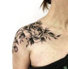 Trendy Tattoos, Popular Tattoos, Unique Tattoos, Beautiful Tattoos, Small Tattoos, Beautiful Roses, Shoulder Cap Tattoo, Shoulder Tattoos For Women, Flower Shoulder Tattoos