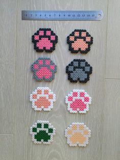 Easy Perler Bead Patterns, Melty Bead Patterns, Diy Perler Beads, Beading Patterns, Easy Perler Beads Ideas, Peyote Patterns, Hama Mini, Mini Hama Beads, Easy Pixel Art