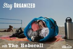 With 5 compartments, dual openings and a compression strap, the HOBOROLL helps you stay organized wherever your summer takes you.