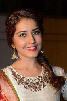 awesome Telugu actress Rashi Khanna new hd pictures