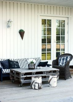 Outdoor Furniture, Outdoor Decor, Sweet Home, Bench, House, Home Decor, Style, Little Cottages, Swag