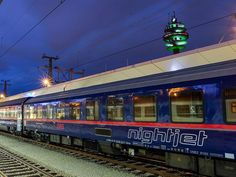 ÖBB chooses Siemens to build day and night fleets - Railway Gazette Low Cost Flights, National Rail, News China, Train Route, Continental Europe, Train Service, Night Train, New Gods, Train Tickets