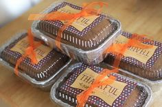 Great idea for a neighbor gift-printable and recipe for pumpkin bread included