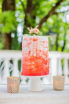 coral wedding cake - korallfarbene Hochzeitstorte von Karin Ahamer | Hochzeitsblog - The Little Wedding Corner