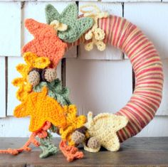 12 Free Fall & Thanksgiving Wreaths Crochet Patterns