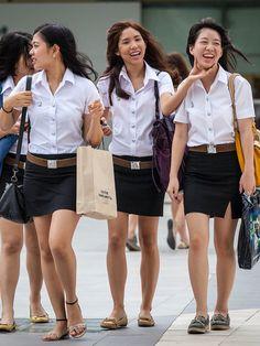 Cute Asian Girls, Beautiful Asian Girls, Cute Girls, Street Girl, University Girl, Japan Girl, Asian Fashion, Asian Beauty, Mini Skirts
