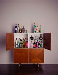 Interior Decorating Plans for your Home Bar Drinks Cabinet, Liquor Cabinet, Serving Cart On Wheels, Home Bar Areas, Bar Refrigerator, Wooden Bar Stools, Bar Cart Decor, Bar Sink, Neat And Tidy