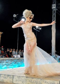Allison Harvard of America's Next Top Model Top Model Dress, Allison Harvard, Hollywood Girls, America's Next Top Model, Fashion Over 50, High Fashion, Model Photos, Ladies Dress Design, Dream Dress