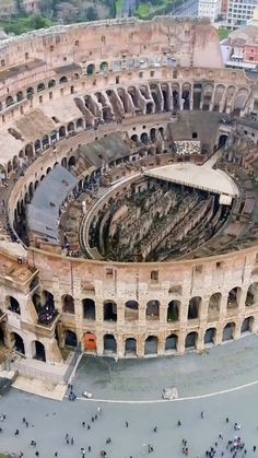 Colosseo - Piazza del Colosseo Aerial Photography, Travel Photography, Park Photography, Beautiful Places In The World, Wonderful Places, Zion National Park, National Parks, Apartment View, Travel Videos
