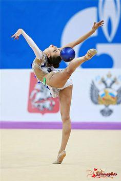 Margarita Mamun (Russia), Grand Prix (Moscow) 2016 #rhythmic #gymnastics #ball