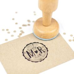 Wedding stamp: JA en trouwdatum - DIY?