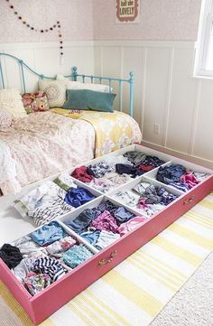 Organizing Small Bedroom 18 genius diy projects for small bedrooms that will save space