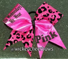 Cheer Bow  On Wednesdays We Wear Pink por WickedCheerBows en Etsy, $12,50